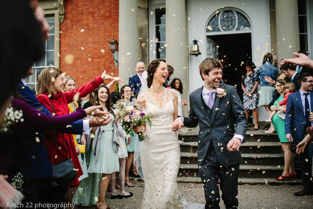 Confetti photo of bride and groom for wedding photography and photo tours in Spain blog